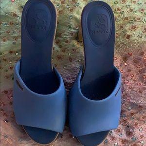NoSox Blue high heels